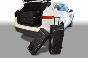 Jaguar F-Pace (X761) SUV - 2016 en verder trolley bags placed transversely to driving direction - Car-bags tassen J20201S