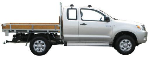 Whispbar Dakdragers Zilver Toyota HiLux Xtra Cab 2dr Ute met Glad dak bouwjaar 2004-e.v. Complete set dakdragers