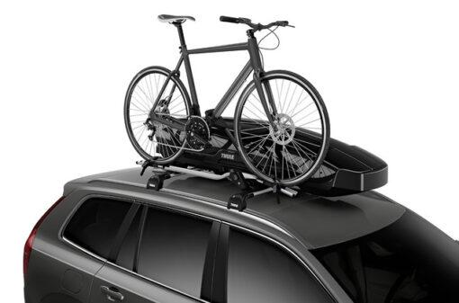 Thule Motion XT Sport Black op auto met fiets