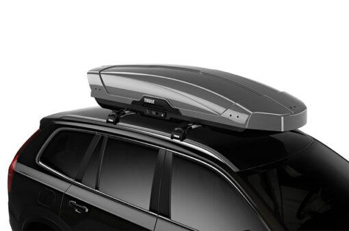 Thule Motion XT XL Silver op auto