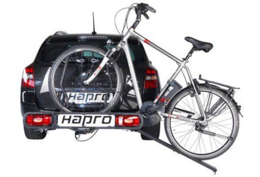 Hapro Atlas oprijgoot op auto